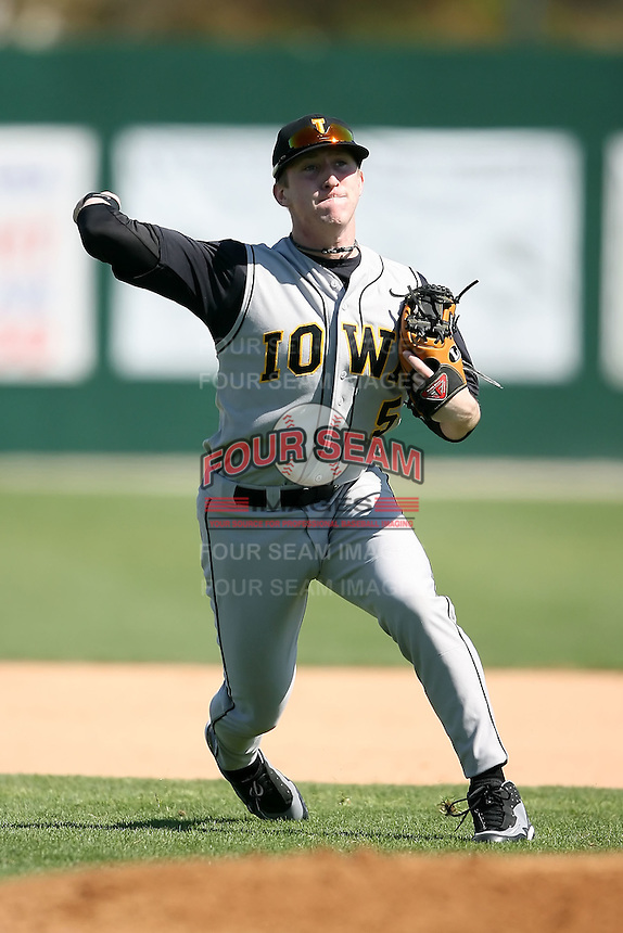 February 21, 2009:  Second baseman Chett Zeise (5) of the University of Iowa during the Big East-Big Ten Challenge at Jack Russell Stadium in Clearwater, FL.  Photo by:  Mike Janes/Four Seam Images