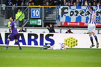 VOETBAL: HEERENVEEN: Abe Lenstra Stadion, SC Heerenveen - Vitesse, 21-01-2012, Piet Velthuizen (#22), Oussama Assaidi (#22), Bas Dost (#12), Eindstand 1-1, ©foto Martin de Jong