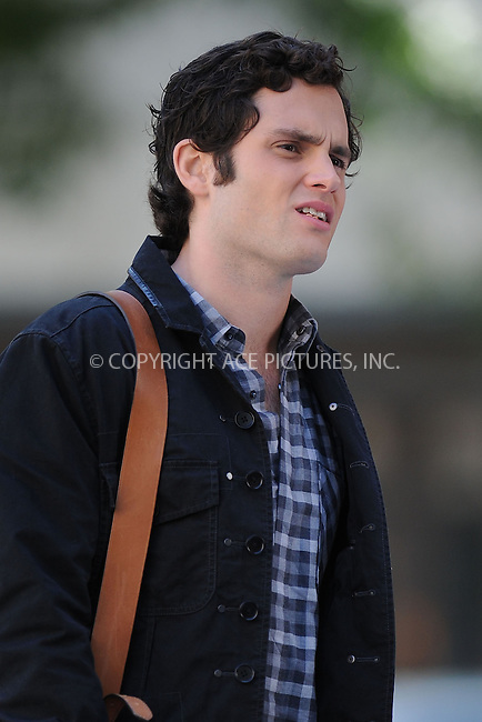 WWW.ACEPIXS.COM . . . . . ....October 6 2009, New York City....Actor Penn Badgley on the set of the TV show 'Gossip Girl' on October 6 2009 in New York City....Please byline: KRISTIN CALLAHAN - ACEPIXS.COM.. . . . . . ..Ace Pictures, Inc:  ..tel: (212) 243 8787 or (646) 769 0430..e-mail: info@acepixs.com..web: http://www.acepixs.com
