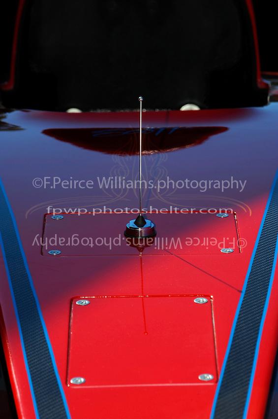 Detail: cockpit, paint and hatches,Y-97  (1 Litre MOD hydroplane(s)