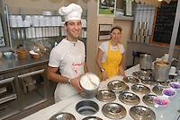 - Eataly, market for the sale of quality Italian food, ice cream counter<br /> <br /> - Eataly, market per la vendita del cibo italiano di qualit&agrave;, banco dei gelati