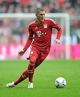 FUSSBALL   1. BUNDESLIGA  SAISON 2011/2012   29. Spieltag FC Bayern Muenchen - FC Augsburg       07.04.2012 Bastian Schweinsteiger (FC Bayern Muenchen)  am Ball