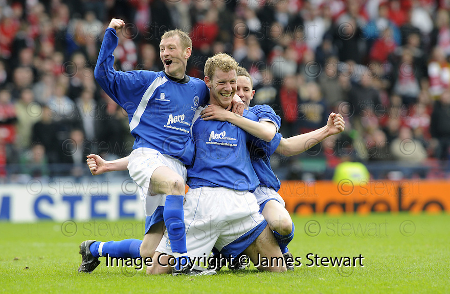 12/04/2008    Copyright Pic: James Stewart.File Name : sct_jspa15_qots_v_aberdeen.SEAN O'CONNOR (CENTRE) IS GONGRATULATED BY JOHN STEWART AND PAUL BURNS AFTER HE SCORES THE THIRD FOR QUEEN OF THE SOUTH.James Stewart Photo Agency 19 Carronlea Drive, Falkirk. FK2 8DN      Vat Reg No. 607 6932 25.Studio      : +44 (0)1324 611191 .Mobile      : +44 (0)7721 416997.E-mail  :  jim@jspa.co.uk.If you require further information then contact Jim Stewart on any of the numbers above........