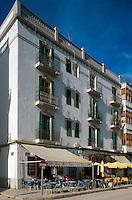 Spanien, Balearen, Ibiza, auf dem Passeig Vara de Rey in Eivissa