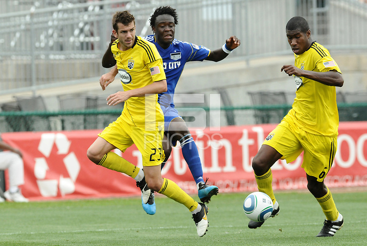 Eric Brunner #23, Kei Kamara, Andy Iro...Kansas City Wizards were defeated 1-0 by Columbus Crew at Community America Ballpark, Kansas City, Kansas.