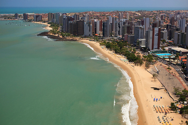 Fortaleza_CE, Brasil...Imagens aereas da cidade de Fortaleza, Ceara. Geral da Praia de Mucuripe...Aerial view of Fortaleza, Ceara. In this photo Mucuripe beach...Foto: BRUNO MAGALHAES / NITRO