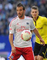FUSSBALL   1. BUNDESLIGA   SAISON 2012/2013   5. Spieltag Hamburger SV - Borussia Dortmund               22.09.2012         Rafael van der Vaart (re, Hamburger SV) am Ball