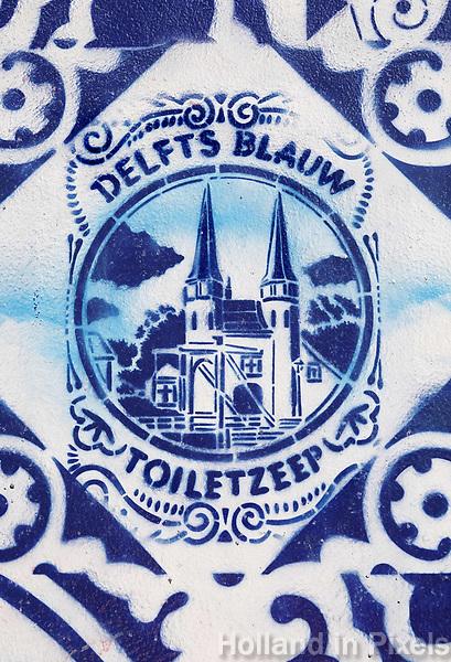 Nederland Delft - 2018. Muurschildering van Hugo Kaagman in het centrum van Delft. Op de schildering is oa De Oostpoort afgebeeld. Foto Berlinda van Dam / Hollandse Hoogte