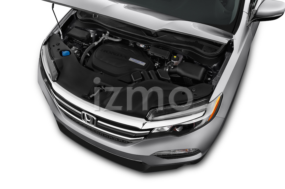 Car Stock 2018 Honda Pilot EX-L 5 Door Suv Engine high angle detail view