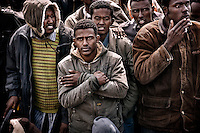18 aprile 2009 Pozzallo (RG). Sbarco immigrati.