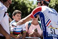 Kid full of admiration for Thibaut Pinot (FRA/Groupama FDJ)<br /> <br /> Stage 5: Saint-Dié-des-Vosges to Colmar (175km)<br /> 106th Tour de France 2019 (2.UWT)<br /> <br /> ©kramon