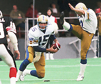 Jim Zorn Winnipeg Blue Bombers quarterback 1986. Copyright photograph Scott Grant