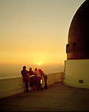 USA, California, friends enjoying the sunset at the Griffith Park Observatory, Los Angeles