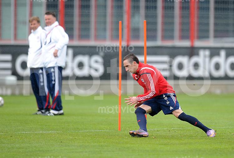 Fussball 1. Bundesliga:  Saison   2009/2010    Training beim FC Bayern Muenchen 14.04.2010 Franck Ribery (FCB)