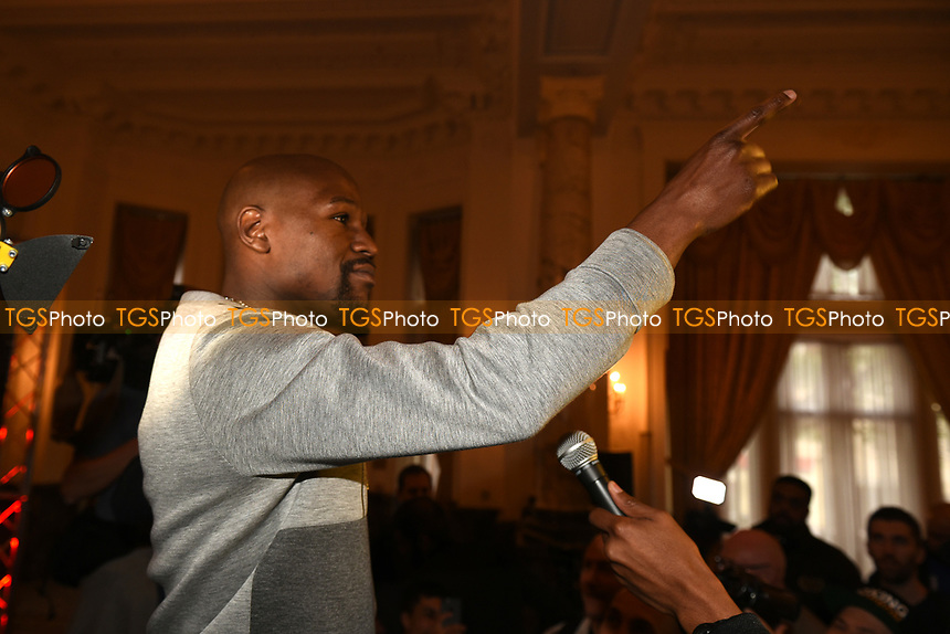 Floyd Mayweather addresses reporters during a Press Conference at the Landmark Hotel on 18th May 2017