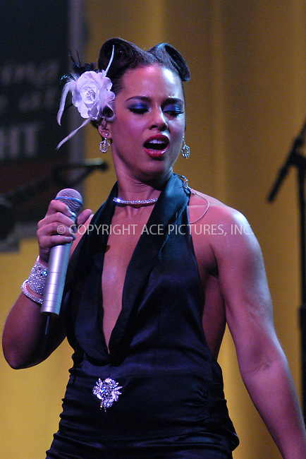 WWW.ACEPIXS.COM . . . . . ....NEW YORK, APRIL 20, 2005....Alicia Keys brings her 'Diary Tour' to Radio City Music Hall.....Please byline: KRISTIN CALLAHAN - ACE PICTURES.. . . . . . ..Ace Pictures, Inc:  ..Craig Ashby (212) 243-8787..e-mail: picturedesk@acepixs.com..web: http://www.acepixs.com
