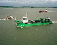 Juli 1999. Lange Wapper dredger van DEME.