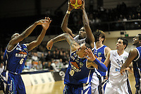 Giants import Rod Grizzard lays a shot up. NBL - Wellington Saints v Nelson Giants at TSB Bank Arena, Wellington, New Zealand on Thursday, 19 May 2011. Photo: Dave Lintott / lintottphoto.co.nz
