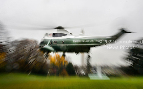 United States President Barack Obama departs the White House on board Marine One November 29, 2015 in Washington, DC. Nearly 150 world leaders including President Obama are expected to descend on Paris for the start of the United Nations climate change summit, which begins Monday in the French capital.<br /> Credit: Olivier Douliery / Pool via CNP