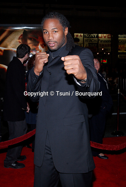 Lennox Lewis arriving at the premiere of Ali at the Chinese Theatre in Los Angeles. December 12, 2001.           -            LewisLennox27.jpg