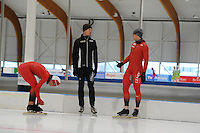 SCHAATSEN: LEEUWARDEN: 20-06-2016, ELFSTEDENHAL, Zomerijs, Noorse schaatsers met nieuwe sprinttrainer Jeremy Wotherspoon, ©foto Martin de Jong
