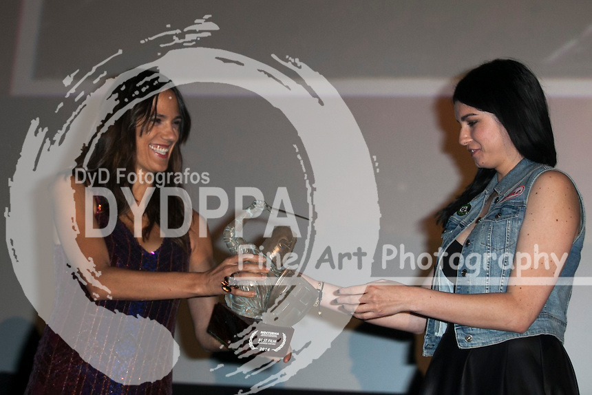 """""""Nocturna"""" Madrid Fantastic Film Festival, Ceremony of closing in photo Geoff Klein and Melissa Mira receives prize Madness Best Film """"Pinup dolls on ice"""" at cinema Palafox in Madrid on May 31, 2014. Photo by Nacho Lopez/ DyD Fotografos-DYDPPA"""