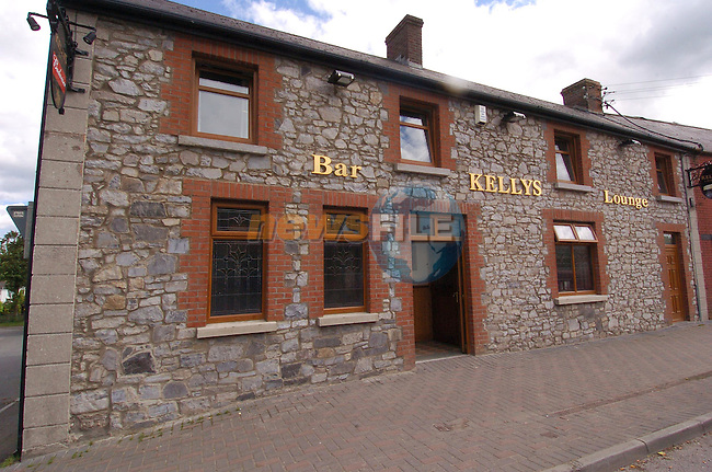 Kellts bar in Duleek (Big Toms)..Photo Fran Caffrey Newsfile.ie..This Picture has been sent to you by Newsfile Ltd..The Studio,.Millmount Abbey,.Drogheda,.Co. Meath,.Ireland..Tel: +353(0)41-9871240.Fax: +353(0)41-9871260.ISDN: +353(0)41-9871010.www.newsfile.ie..general email: pictures@newsfile.ie