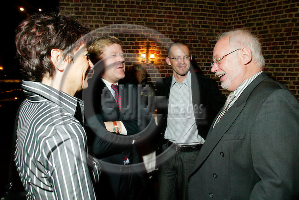 BRUSSELS - BELGIUM - 03 OCT. 2003 --Dinner before SNS conference in Brussels.  PHOTO: ERIK LUNTANG / EUP-IMAGES