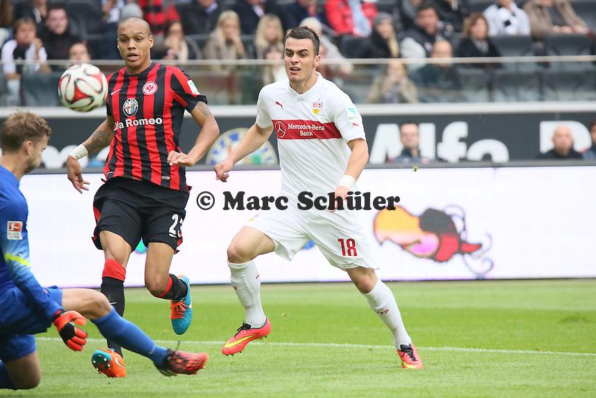 Filip Kostic (VfB) scheitert an Felix Wiedwald (Eintracht) - Eintracht Frankfurt vs. VfB Stuttgart, Commerzbank Arena