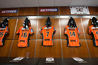 Picture by Allan McKenzie/SWpix.com - 07/10/2017 - Rugby League - Betfred Super League Grand Final - Castleford Tigers v Leeds Rhinos - Old Trafford, Manchester, England - The brief, changing rooms, Castleford, Betfred, branding.
