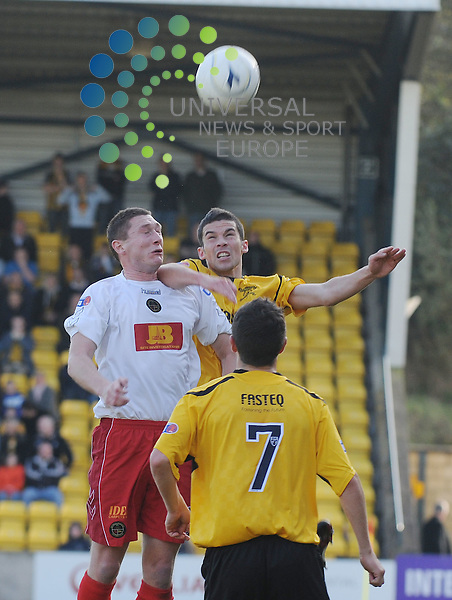Livingston v Berwick Rangers.Irn Bru SFL Div 3.17/10/2009 - Almondvale Stadium, Livingston..Livingston's Jason Talbot (right) in an arial challenge during this afternoon's game..Picture by Steven Carrie.