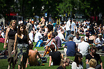 © Joel Goodman - 07973 332324 . 19/07/2016 . Manchester , UK . Piccadilly Gardens . Sunshine in Manchester City Centre on the hottest day of the year so far . Photo credit : Joel Goodman