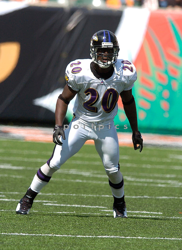 Ed Reed during the Ravens v. Bengals game on September 26, 2004..Chris Bernacchi / SportPics