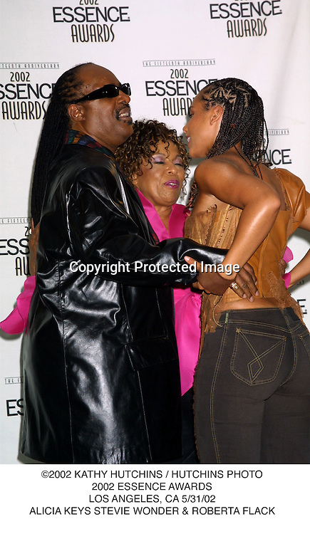 ©2002 KATHY HUTCHINS / HUTCHINS PHOTO.2002 ESSENCE AWARDS.LOS ANGELES, CA 5/31/02.ALICIA KEYS STEVIE WONDER & ROBERTA FLACK