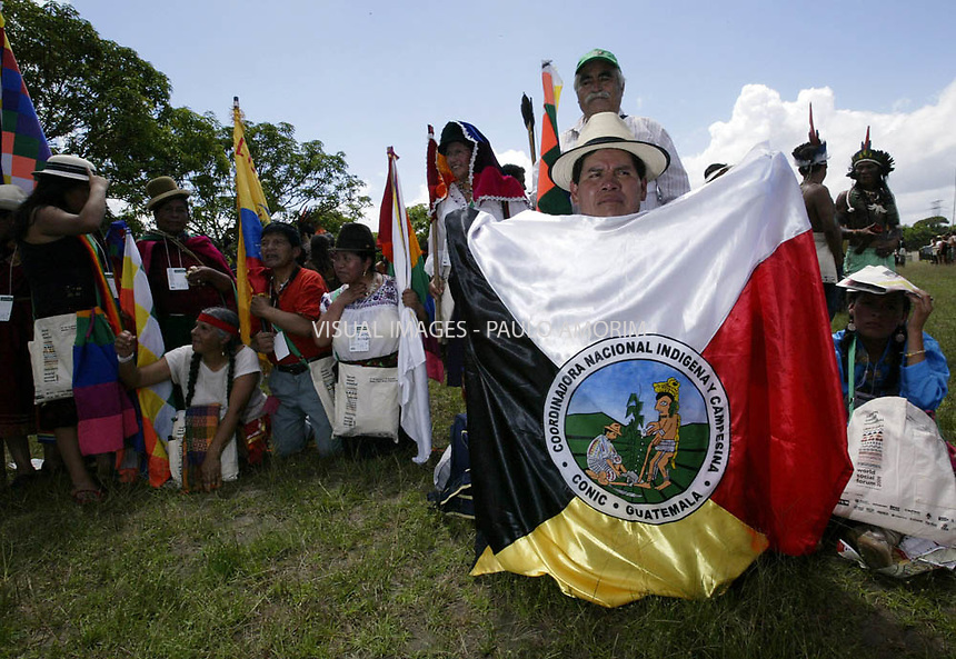Natives of several tribes take part in an ceremony to bring attention to saving the Amazon forest (S.O.S Amazon) in Belem, in Para, in the heart of the Brazilian Amazon, on January 27, 2009, on the first day of the World Social Forum.