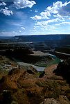 UT: Utah; Canyonlands National Park, Colorado River, Gooseneck, view from Dead Horse Point                 .Photo Copyright: Lee Foster, lee@fostertravel.com, www.fostertravel.com, (510) 549-2202.Image: utcany209