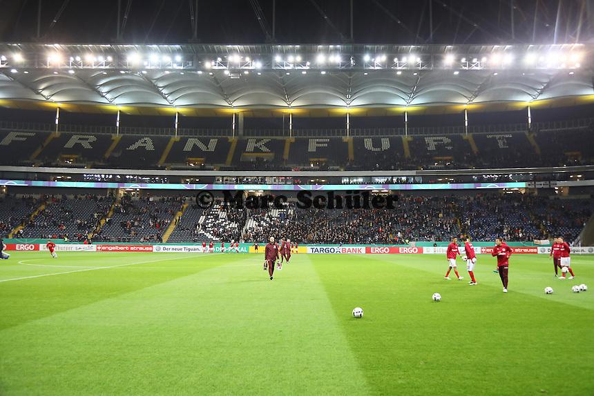 Viele freie Plätze beim DFB-Pokalspiel in Frankfurt - 25.10.2016: Eintracht Frankfurt vs. FC Ingolstadt 04, 2. Hauptrunde DFB-Pokal, Commerzbank Arena