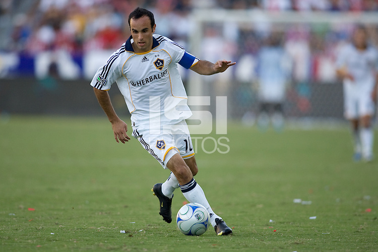 LA Galaxy midfielder Landon Donovan moves with the ball. The LA Galaxy and Chivas USA played to 2-2 draw during a MLS Western Conference playoff game at Home Depot Center stadium in Carson, California on Sunday November 1, 2009...