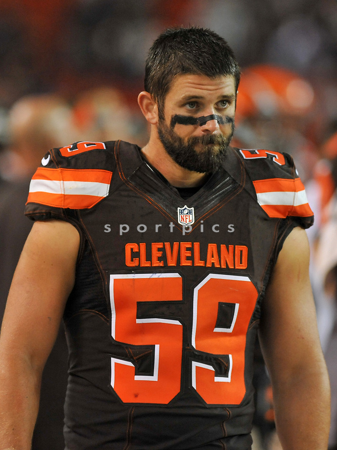 CLEVELAND, OH - SEPTEMBER 1, 2016: Linebacker Tank Carder #59 of the Cleveland Browns walks along the sideline in the third quarter of a game on September 1, 2016 against the Chicago Bears at FirstEnergy Stadium in Cleveland, Ohio. Chicago won 21-7. (Photo by: 2016 Nick Cammett/Diamond Images)  *** Local Caption *** Tank Carder