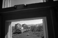 "Nagorny-Karabach, 16.05.2011, Shushi. Blick auf Schuschi. ""The Twentieth Spring"" - ein Portrait der s¸dkaukasischen Stadt Schuschi, 20 Jahre nach der Eroberung der Stadt durch armenische K?mpfer 1992 im B¸gerkrieg um die Unabh?ngigkeit Nagorny-Karabachs (1991-1994). A view down to Shushi. ""The Twentieth Spring"" - A portrait of Shushi, a south caucasian town 20 years after its ""Liberation"" by armenian fighters during the civil war for independence of Nagorny-Karabakh (1991-1994). .Une vue plongeante sur Chouch. ""Le Vingtieme Anniversaire"" - Un portrait de Chouchi, une ville du Caucase du Sud 20 ans après sa «libération» par les combattants arméniens pendant la guerre civile pour l'indépendance du Haut-Karabakh (1991-1994)..© Timo Vogt/Est&Ost, NO MODEL RELEASE !!"