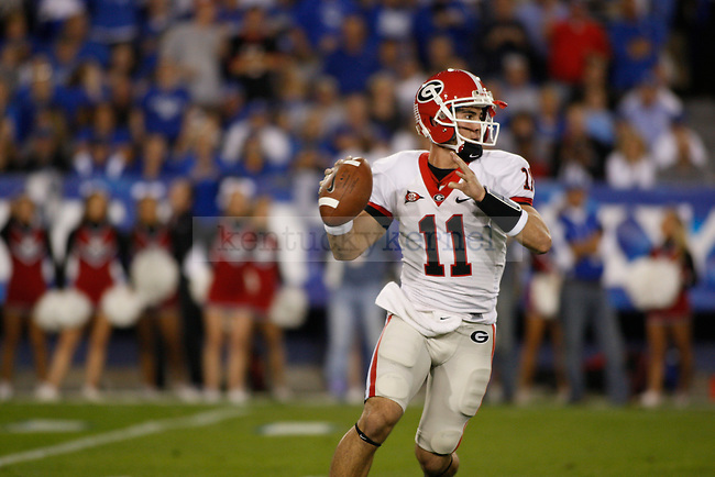 Georgia quarterback Aaron Murray looks for an open receiver at Commonwealth Stadium on Saturday, Oct. 23, 2010. Photo by Scott Hannigan | Staff