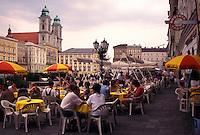 outdoor café, Linz, Austria, The Danube Valley, Oberosterreich, Outdoor café at the Hauptplatz in downtown Linz.