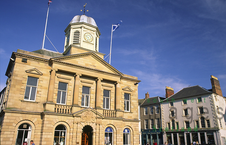Kelso Square in Kelso town centre looking up to the Town Hall Scottish Borders Scotland UK
