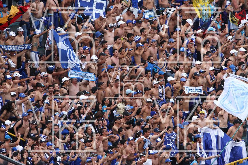 BOGOTA-COLOMBIA-03- MAYO-2015.Hinchas de Millonarios durante del  partido por la fecha 18 de la Liga &Aacute;guila I 2015 jugado en el estadio Nemesio Camacho El Camp&iacute;n de la ciudad de Bogot&aacute;./Supporters of Millonarios cheer for their team<br /> during the match for the 18th date of the Aguila League I 2015 played at Nemesio Camacho El Campin stadium in Bogot&aacute; city<br /> Photo: VizzorImage / Felipe Caicedo / Staff