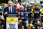 Mayor of Pau Francois Bayrou ready to start Stage 12 of the 104th edition of the Tour de France 2017, running 214.5km from Pau to Peyragudes, France. 13th July 2017.<br /> Picture: ASO/Alex Broadway | Cyclefile<br /> <br /> <br /> All photos usage must carry mandatory copyright credit (&copy; Cyclefile | ASO/Alex Broadway)