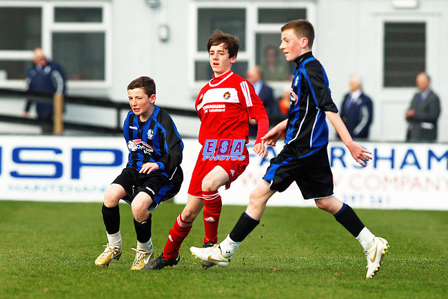 LONG LANE v EBBSFLEET UNITED<br /> KENT COUNTY FA CUP FINAL U13 SUNDAY 1ST APRIL 2012 FAVERSHAM TOWN FC
