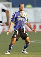 13 August 2005: Dwayne De Rosario of the Earthquakes in action against the Rapids at Spartan Stadium in San Jose, California.  Earthquakes tied Rapids, 1-1.