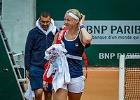 Paris, France, 26 May, 2019, Tennis, French Open, Roland Garros, Kiki Bertens (NED ) leaving the court after practise<br /> Photo: Henk Koster/tennisimages.com