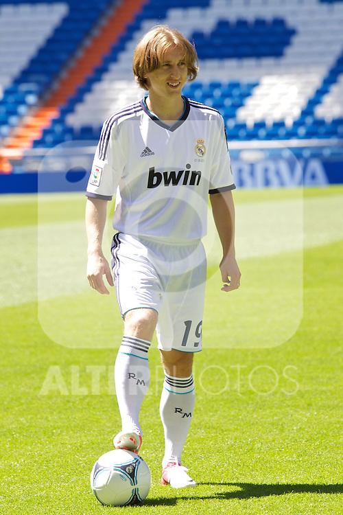 Luka Modric presentation as new Real Madrid player at Santiago Bernabeu Stadium on august 27th 2012...Photo: Cesar Cebolla / ALFAQUI