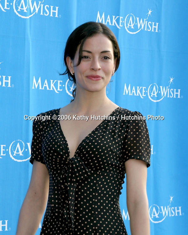 Emmanuelle Vaugier.Make a Wish Foundation Benefit.Pacific Design Center.Los Angeles, CA.May 13, 2006.©2006 Kathy Hutchins / Hutchins Photo....